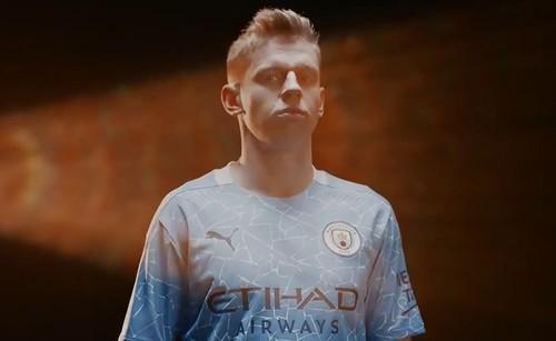 ВІДЕО. Зінченко та інші представили нову форму Манчестер Сіті
