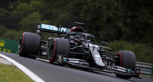 Дождевая пятница на Гран-при Венгрии: доминируют Мерседес и Рэйсинг Поинт