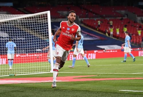 Ман Сити без Зинченко проиграл Арсеналу в полуфинале Кубка Англии