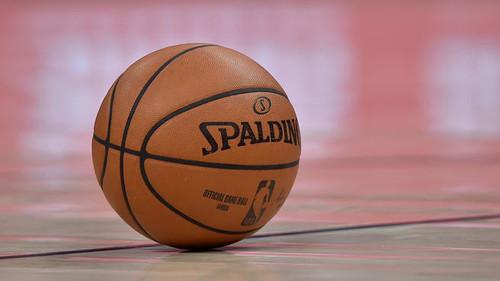 В НБА готовы проводить этот сезон летом