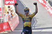 Велоспорт вернулся! Ван Арт выиграл Страде Бьянке