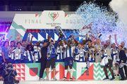 Порту в меньшинстве обыграл Бенфику в финале Кубка Португалии