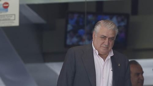 Екс-президент Реала знаходиться в реанімації з коронавірусом