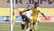 ФОТО. Африканский форвард Ингульца забил 2 гола и получил банан