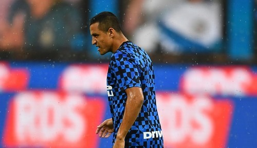 Санчес получил от Ман Юнайтед больше 8 млн евро за расторжение контракта