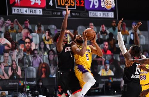 НБА після рестарту: ставка на атаку, травми і пробуксовка Лейкерс