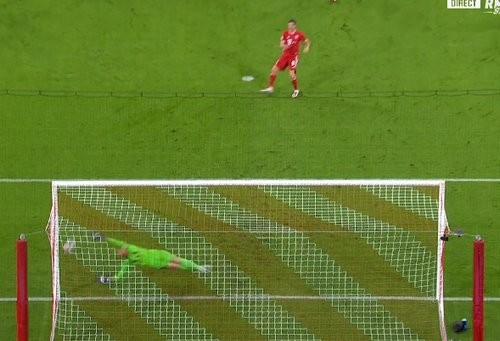 ВІДЕО. Швидкий гол для Баварії. Левандовскі відкрив рахунок з пенальті