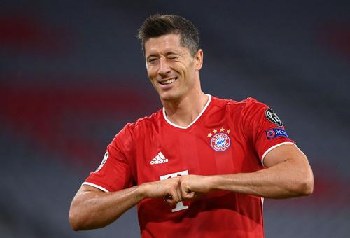Левандовски вышел на четвертое место среди бомбардиров Лиги чемпионов