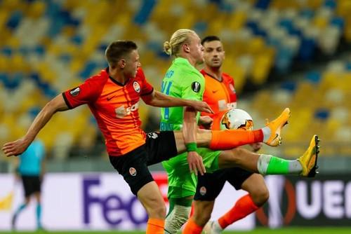 Скауты английского гранда просматривали Матвиенко в матче Лиги Европы