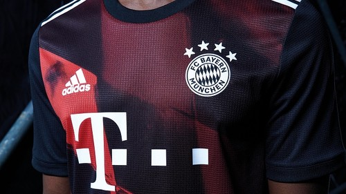 ФОТО. Бавария представила форму на новый сезон Лиги чемпионов