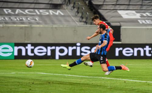 Интер обыграл Байер и вышел в полуфинал Лиги Европы
