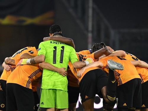 Вулверхэмптон – Севилья – 0:1. Видео гола и обзор матча