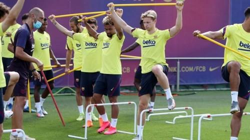 Коронавирус в Барселоне. Клуб подтвердил болезнь у одного игрока