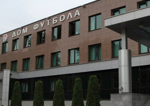 Из-за протестов или вирусов? Матч команды Милевского в Беларуси перенесли