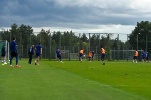 Луческу учит атаковать и держать мяч. Динамо работает над взаимодействиями