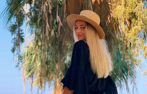 ФОТО. Прекрасна Дар'я Білодід на Середземному морі