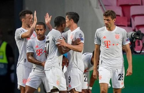 Бавария только в одном из 9-ти матчей ЛЧ забила меньше трех голов