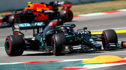 Хэмилтон опередил Боттаса в квалификации Гран-при Испании, Ферстаппен - 3-й