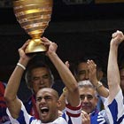 Страсбур выиграл Кубок французской лиги и пробился в Кубок УЕФА