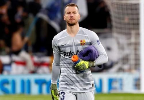 Арсеналу нужен вратарь Барселоны