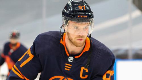 ВИДЕО. Первый хет-трик сезона НХЛ. Макдэвид разобрался с Ванкувером