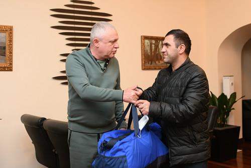 Динамо оплатило лечение юного футболиста, в которого стреляли в Тернополе