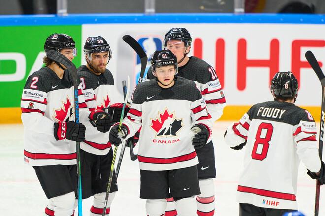 СИМЧУК: У канадцев игровых проблем больше, но они могут победить Россию