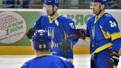 Мариуполь подписал двух хоккеистов сборной Украины