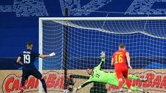 Франция – Уэльс – 3:0. Бензема вернулся и не забил пенальти. Видео голов