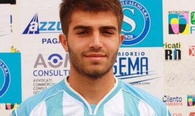 Страшная трагедия. Итальянский футболист умер во время матча