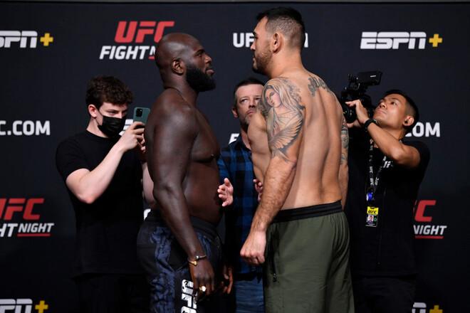 UFC: Жаирзиньо Розенструйк – Аугусто Сакаи. Смотреть онлайн LIVE трансляция