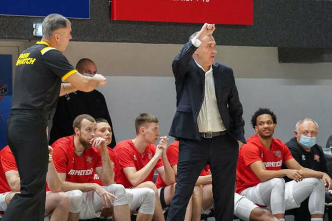 Прометей вышел в финал, но после серии с Днепром клуб покинул тренер