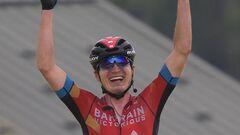 Невероятно! Украинский велогонщик Падун выиграл ключевой этап Дофине-2021