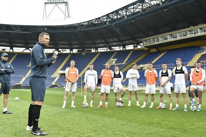 Они не сыграют на Евро. Пять игроков покидают расположение сборной Украины