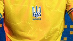 Дайте две! Стартовала продажа новых игровых футболок сборной Украины