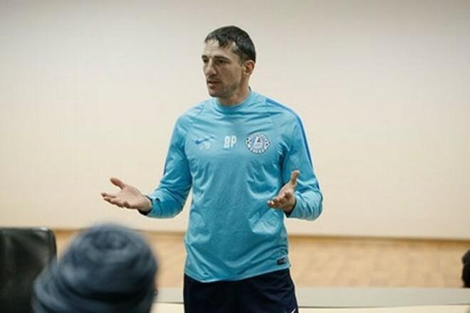 Нікополь підсилиться тренером і гравцями Дніпра-1
