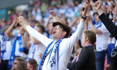ВІДЕО. Зворушлива перекличка фанів Данії і Фінляндії в честь Еріксена