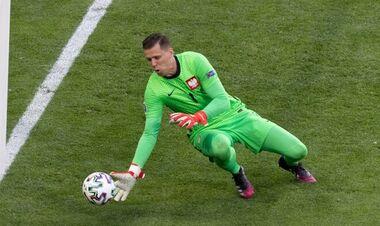 Щенсны стал первым вратарем, забившим в свои ворота на Евро