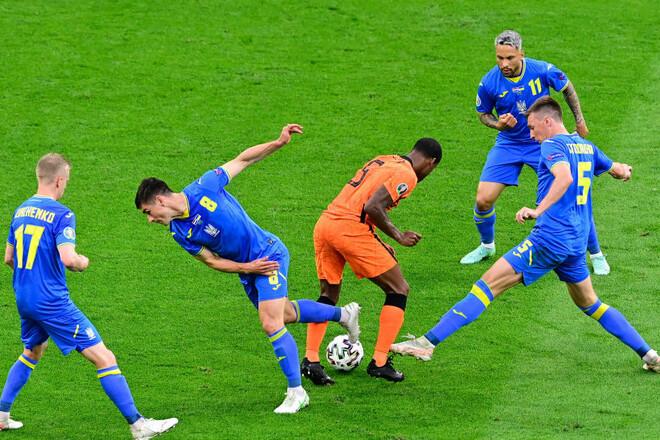 Виктор ЛЕОНЕНКО: «Малиновский и Зинченко не умеют отбирать мяч»