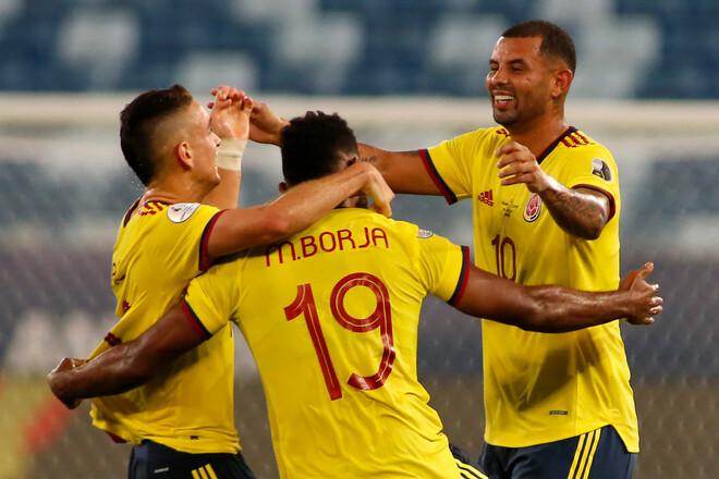 Кардона принес победу Колумбии над Эквадором на старте Кубка Америки