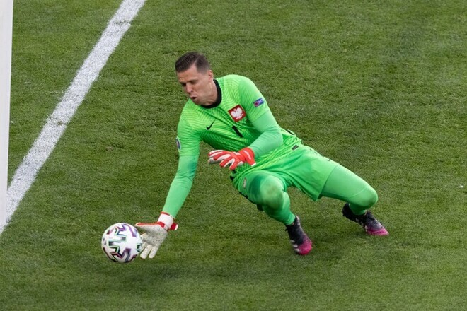 Щенсни став першим воротарем, який забив у свої ворота на EURO