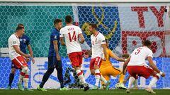 ВИДЕО. Польша сравняла счет в матче со Словакией