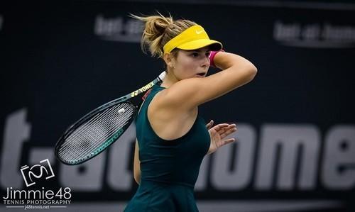 Завацкая вышла в четвертьфинал турнира ITF во Франции