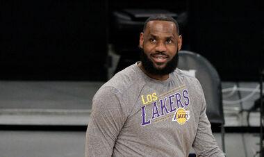 Джеймс встановив рекорд НБА за потраплянням до збірної сезону
