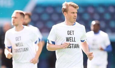 ФОТО. Збірна Фінляндії підтримала Еріксена перед матчем з Росією