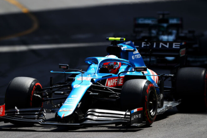 Естебан Окон продовжив контракт з командою Формули-1 Альпін
