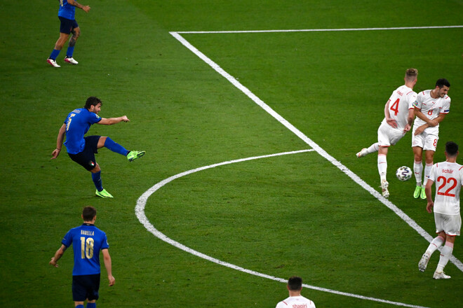 ВИДЕО. Шахтер его купит? Локателли оформил дубль за Италию на Евро-2020