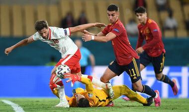Поляки еще поборются: бело-красные сыграли вничью с Испанией