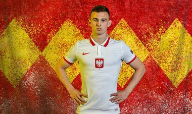 17-летний поляк Кацпер Козловски стал самым молодым игроком в истории Евро