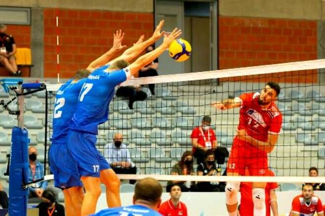 Первым финалистом мужской Золотой Евролиги стала Турция